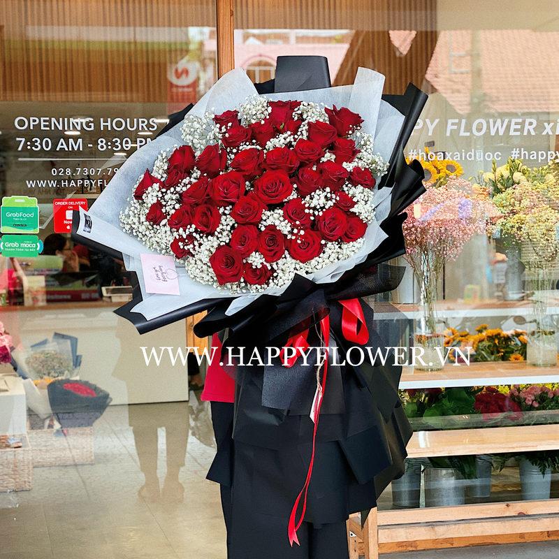 Bó hoa hồng đỏ Ecuador mix hoa baby trắng giá bao nhiêu