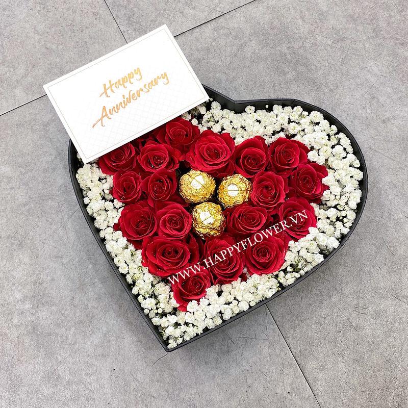 Hộp trái tim hoa hồng đỏ mix Ferrero giá bao nhiêu