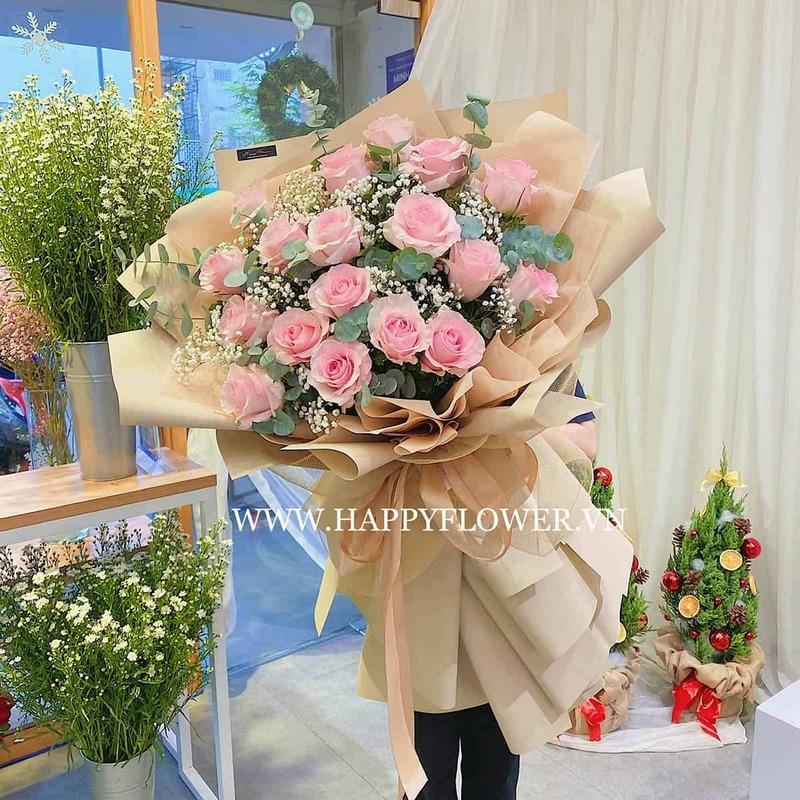 bó hoa hồng lớn màu hồng nhạt