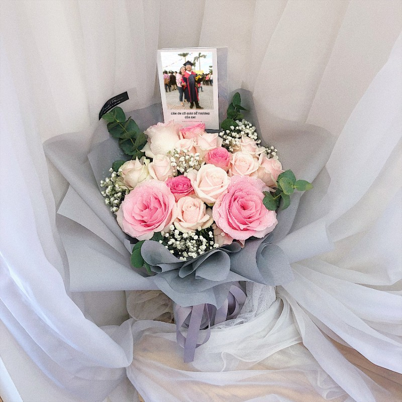 Hoa hồng kem tặng tốt nghiệp