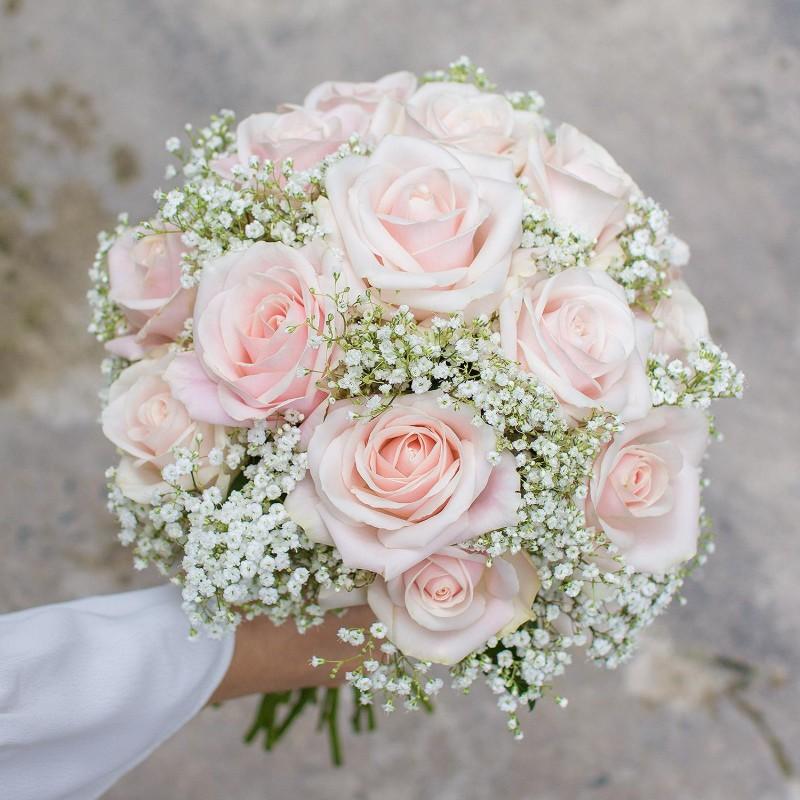 Hoa hồng kem làm hoa cưới