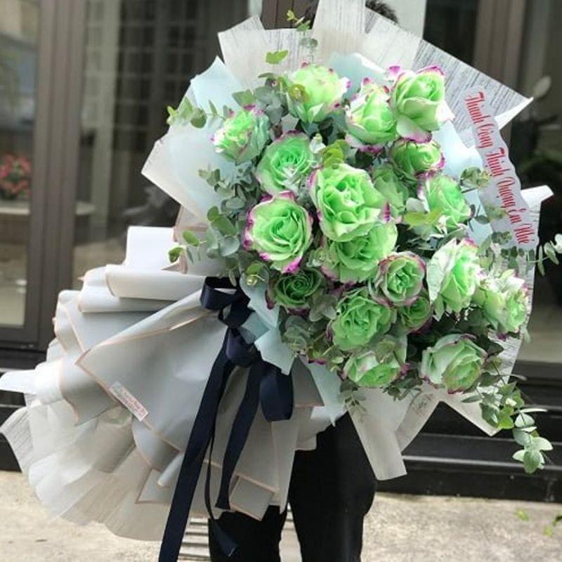 bó hoa hồng màu xanh lá lớn