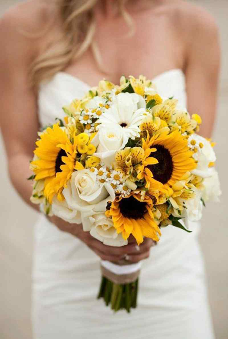 bó hoa cưới hướng dương