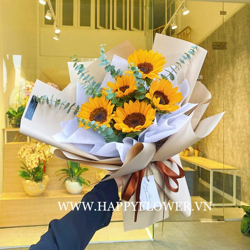 bó hoa hướng dương rực rở ánh vàng