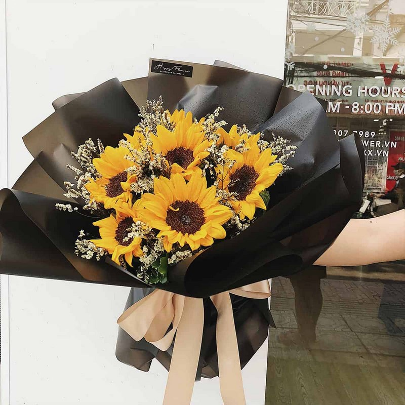 bó hoa hướng dương nhỏ màu đen