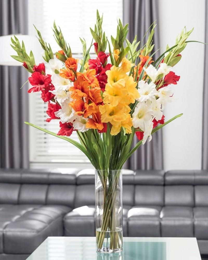 bình hoa sinh nhật lay ơn nhiều màu sắc