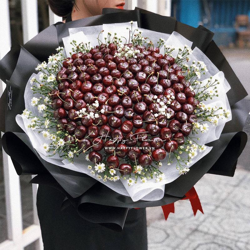 bó hoa sinh nhật cherry ăn được mix hoa cúc trắng