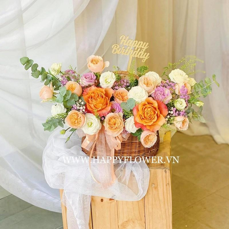 giỏ hoa sinh nhật hoa hồng pastel
