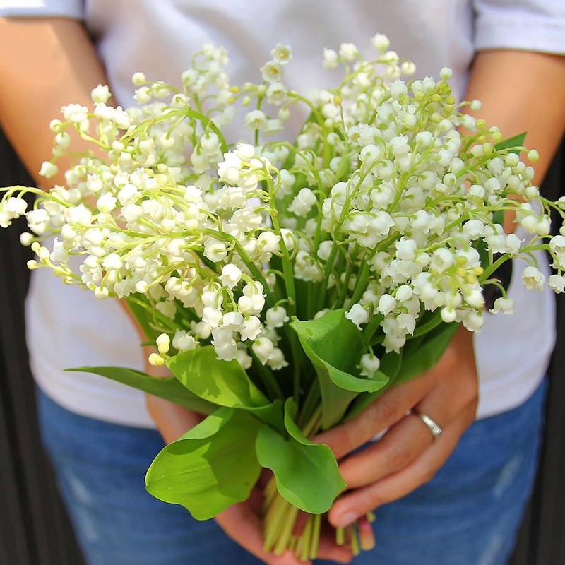 bó hoa sinh nhật linh lan trắng tinh khôi