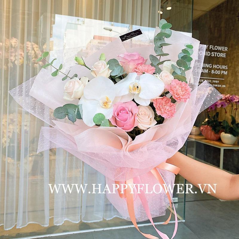 bó hoa sinh nhật cho bé gái kết từ hoa hồng mix lan hồ điệp trắng