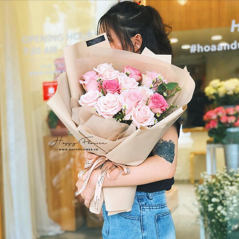 bó hoa sinh nhật cho bé gái hoa hồng nhập khảu màu pastel