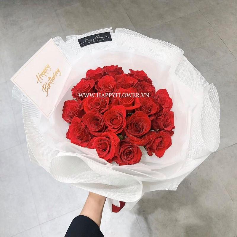bó hoa hồng đỏ rực rỡ tặng sinh nhật nam giới