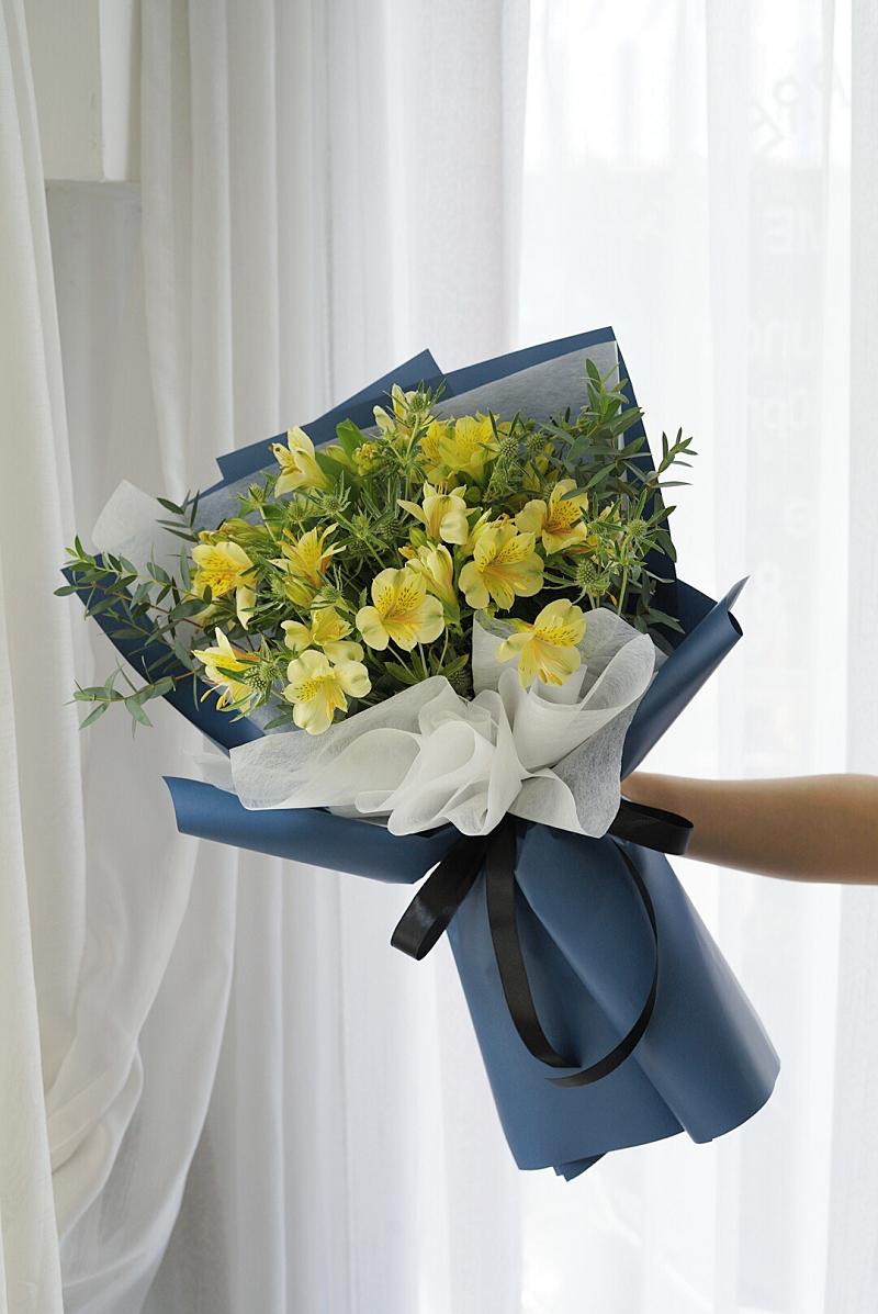 Hoa thủy tiên vàng đẹp rực rỡ