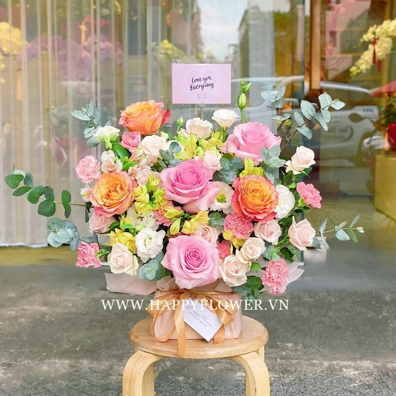Hộp hoa mang phong cách Châu Âu tuyệt đẹp