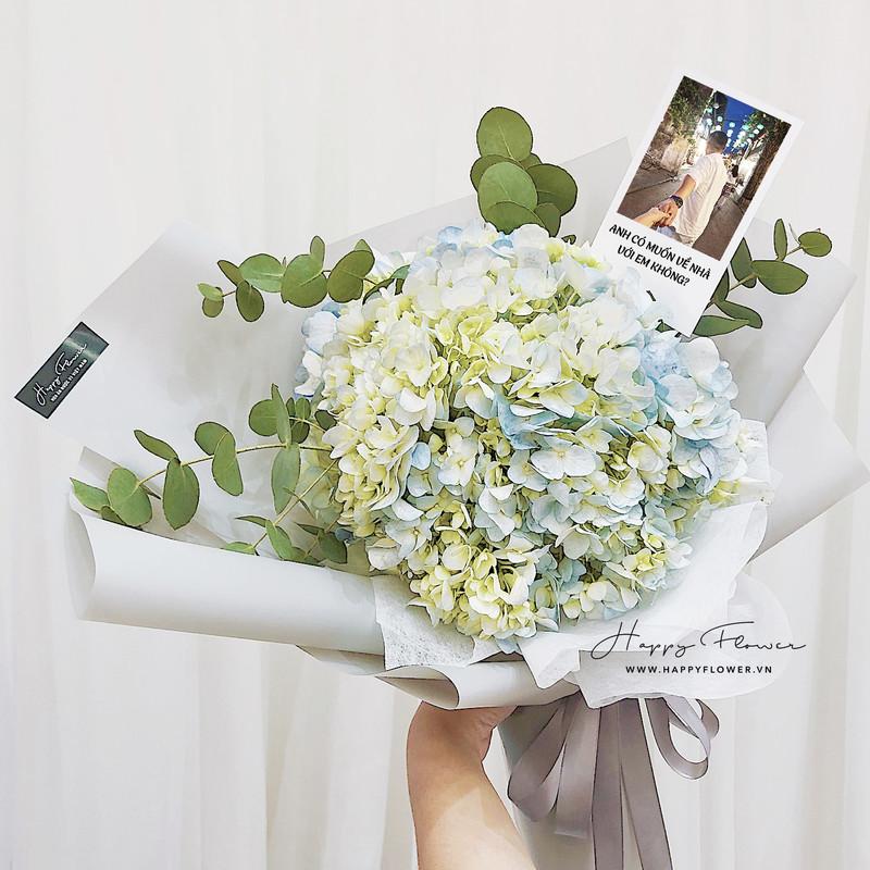 bó hoa cẩm tú cầu đính kèm ảnh