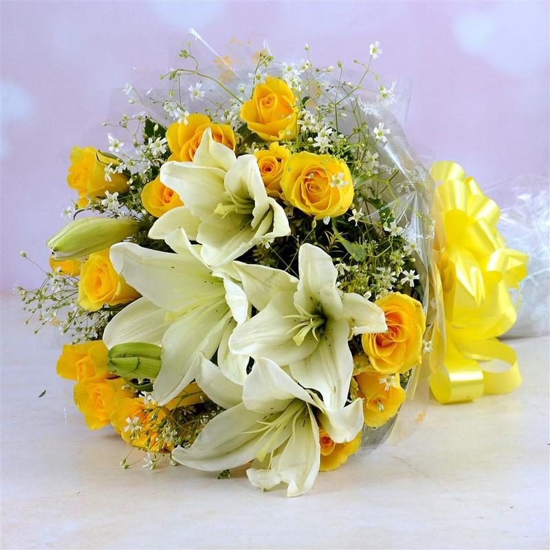 Bó hoa lily màu vàng tặng sinh nhật