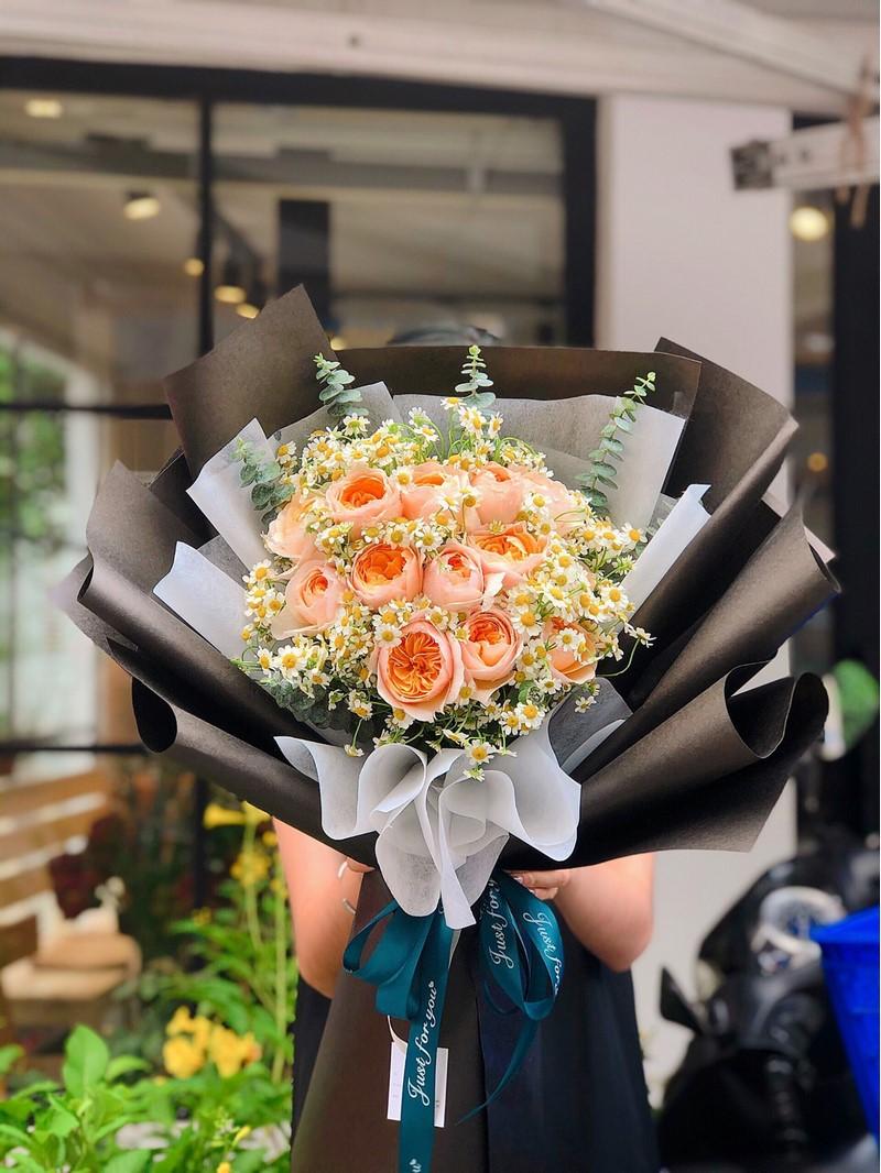bó hoa hồng tone cam pastel