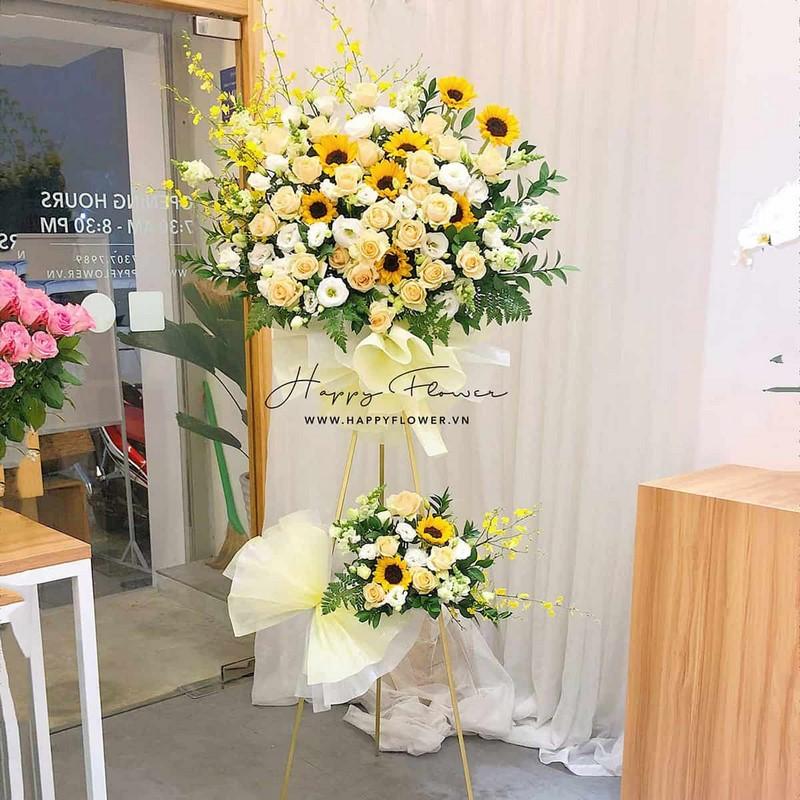 lẵng hoa hồng vàng 2 tầng mix hoa hướng dương