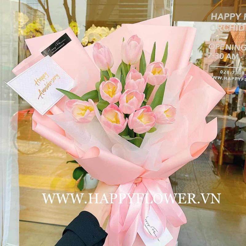 bó hoa 8/3 hoa tulip hồng sang trọng