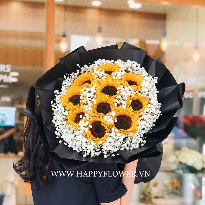 Hoa hường dướng kết hợp hoa baby trắng